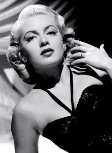 Lana_Turner_1943